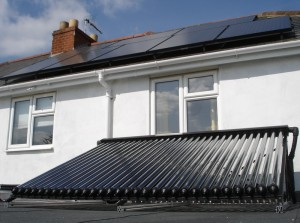 2KW Solar PV & 30 evacuated tubes solar thermal CM3