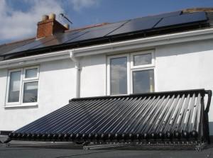 2KW Solar PV & 30 evacuated tubes solar thermal CM3